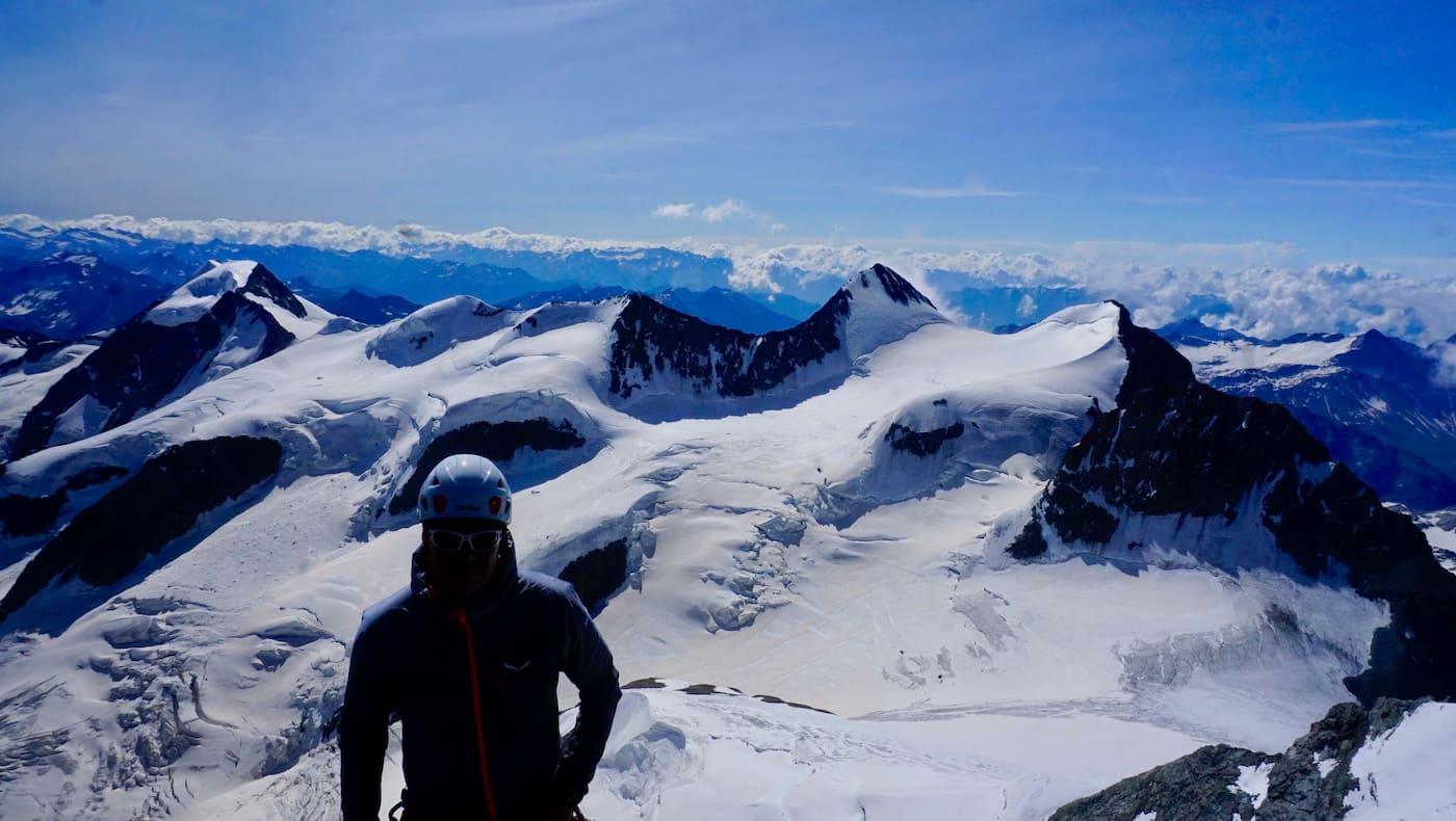 Herrlicher Ausblick vom Piz Bernina auf Piz Palü, Piz Argient und Crast Agüzza