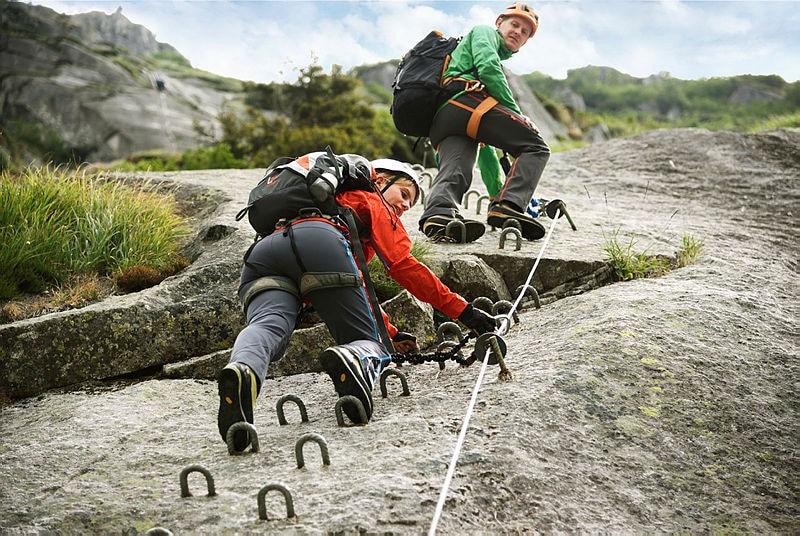 Klettergurt Für Halle Und Klettersteig : Dinge für den klettersteig bergwelten