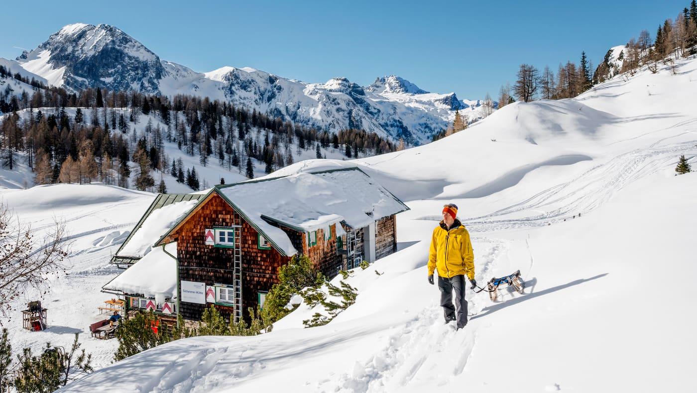 Die Südwiener Hütte in atemberaubender Landschaft