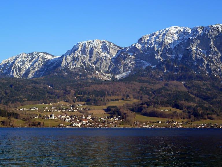 Bergsteigerdorf Steinbach am Attersee