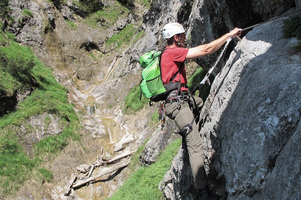 Klettersteig Bayern : Check: hausbachfall klettersteig in bayern bergwelten