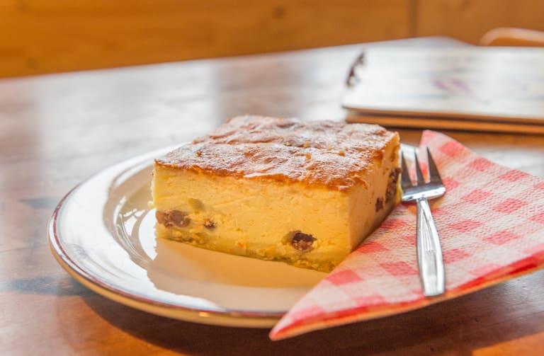 Topfenkuchen von der Ennser Hütte