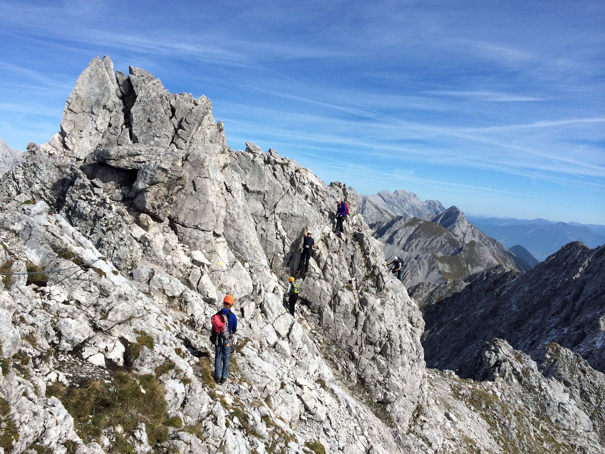 Klettersteig Innsbruck Nordkette : Check der innsbrucker klettersteig c d bergwelten