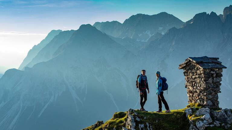 Bei längeren Klettersteigen sollte vor allem die Kurzzeit-Prognose beachtet werden.