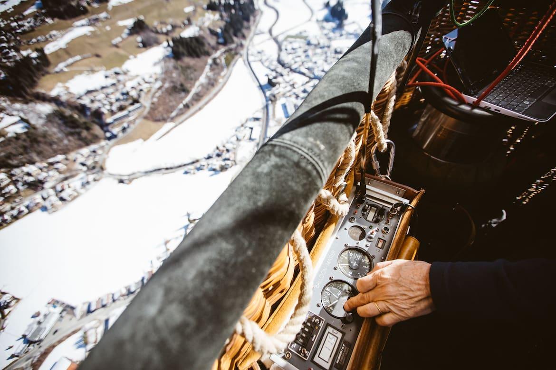 Funkgerät im Heißluftballon