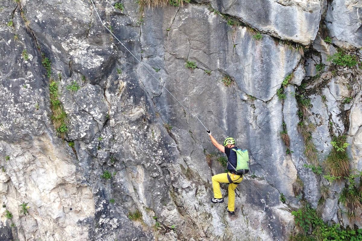 Klettersteig Rucksack : Neueröffnung des city wall klettersteigs bergwelten