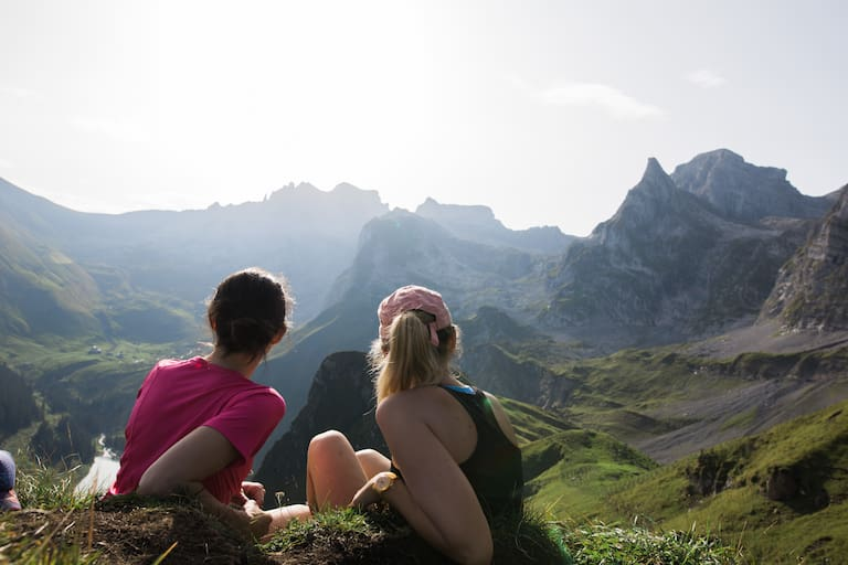 Die Aussicht am Morgen über dem Bannalpsee im Engelbergertal