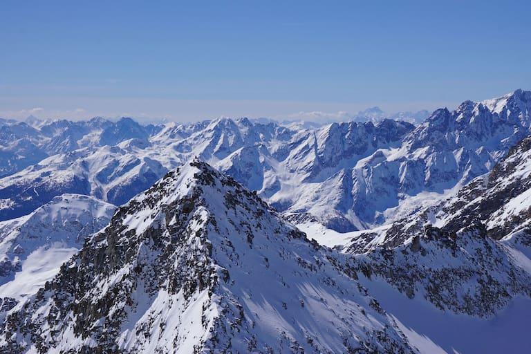Traumhafter Blick auf die Goldbergspitze (3.073 m)