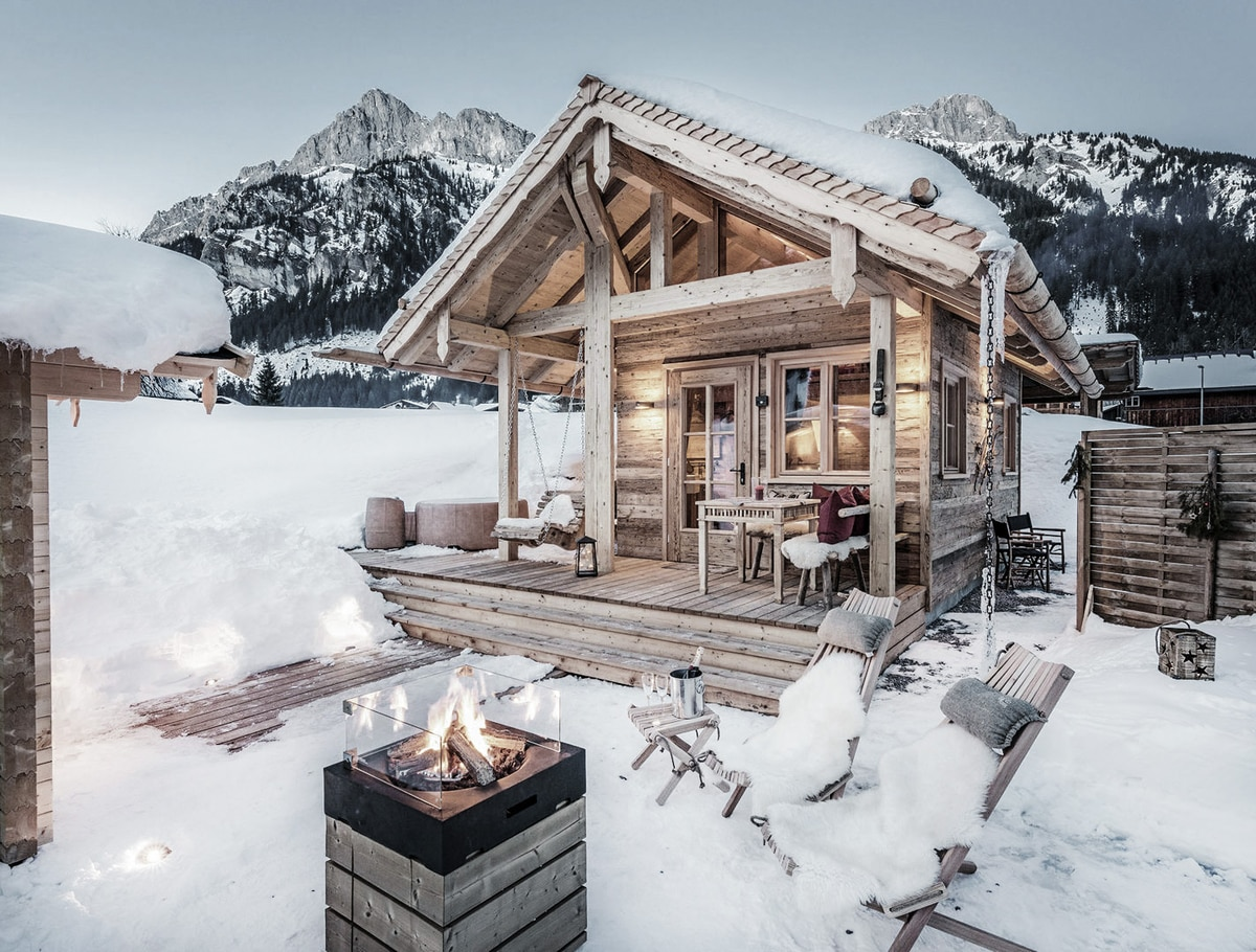 9 der sch nsten winter hideaways in den alpen bergwelten. Black Bedroom Furniture Sets. Home Design Ideas