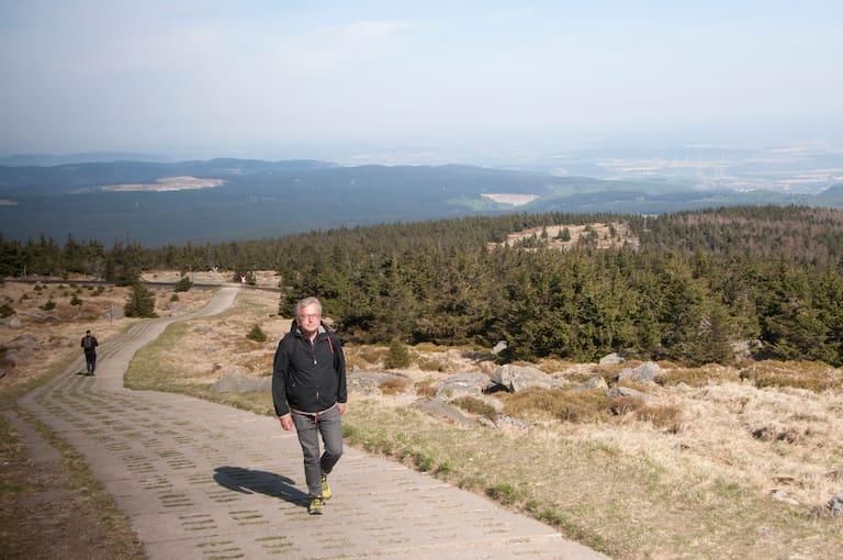 Hans Zippert beim Wandern
