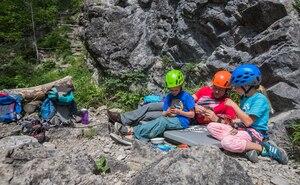 Kletterausrüstung Ravensburg : Klettern mit kindern die 5 besten tipps bergwelten
