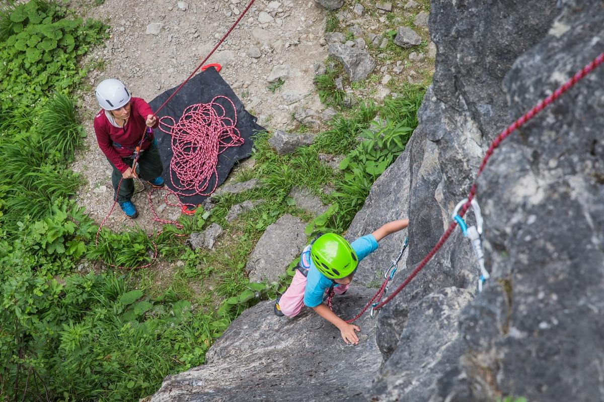 Klettergurt Aus Seil : Klettern mit kindern die richtige ausrüstung bergwelten