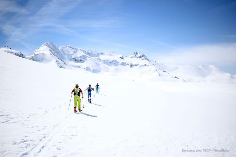 """""""Der lange Weg"""" begleitet eine Handvoll Athleten auf der härtesten Skitour der Welt einmal quer über die Alpen"""