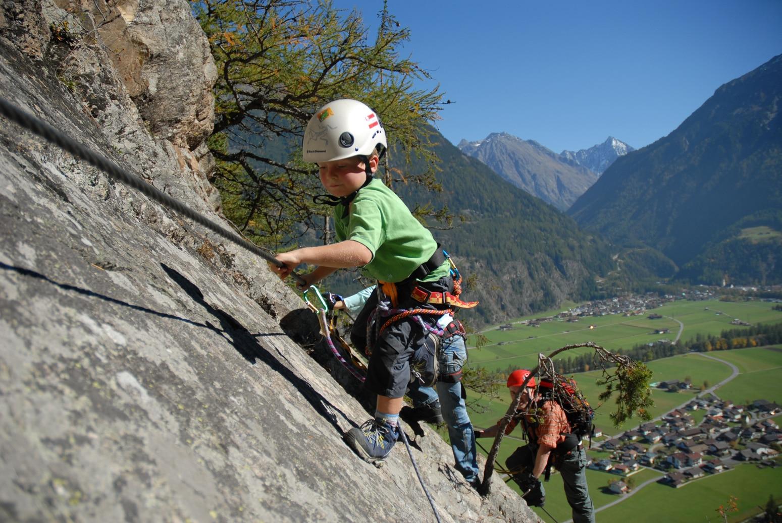 Klettersteig Für Anfänger : Tipps vom profi klettersteige mit kindern bergwelten