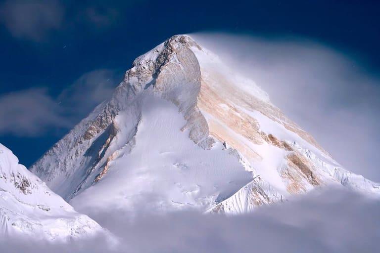 "Khan Tengri (7.010 m), ""The Serp"""