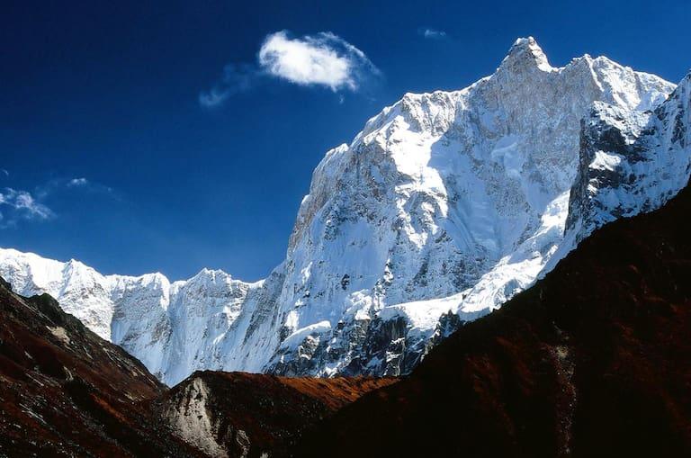 """Phoktanglungma – """"Berg mit Schultern"""" – bedeutet der Name des Jannu in der Sprache der Limbu"""