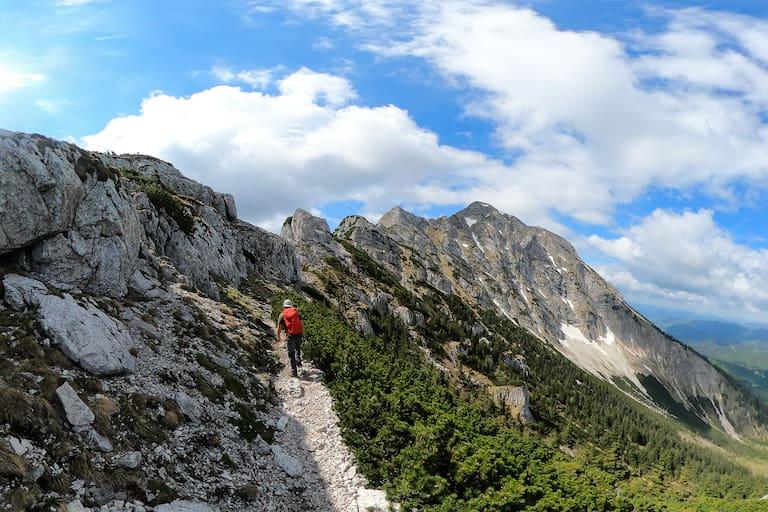Bergsteiger am Rauhen Kamm auf den Ötscher