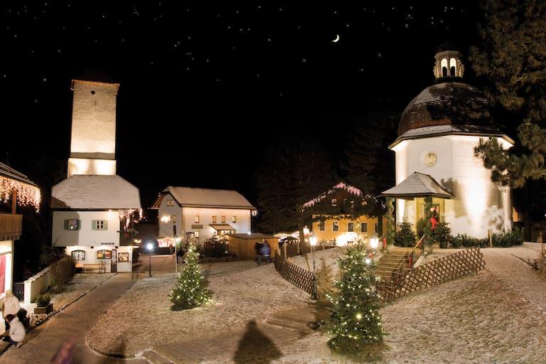 Am Ursprung des berühmtesten Weihnachtslieds: Stille-Nacht-Kapelle in Oberndorf (Salzburg)