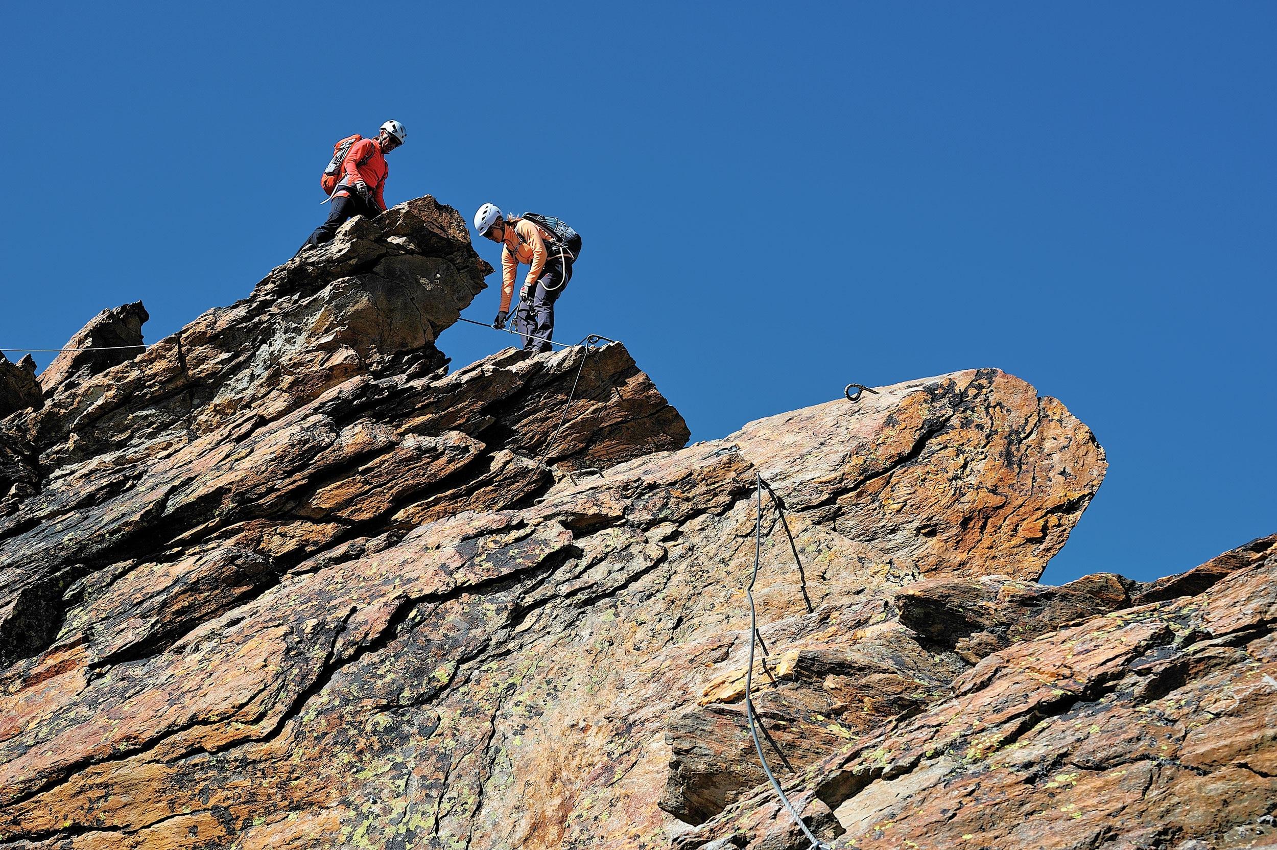 Klettersteig Jägihorn : Der jägihorn klettersteig im saastal bergwelten