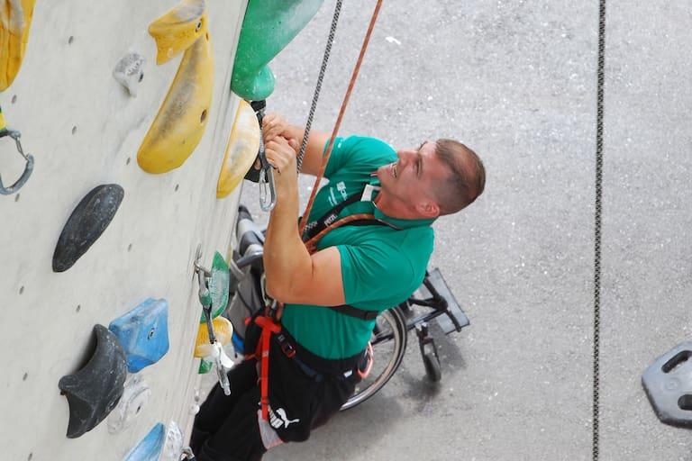 Vom Rollstuhl auf die Wand - klettern kann jeder!