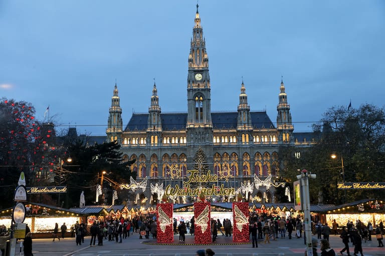 Rathausplatz in Wien