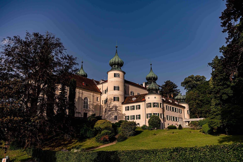 Schloss Artstetten mit seinem denkmalgeschützen Natur-Schlossgarten.