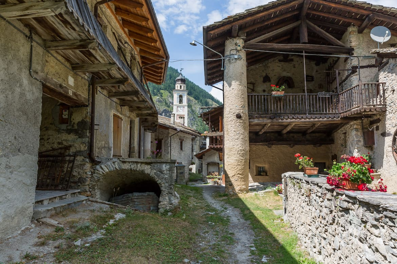 Idyllische aber einsame Dörfer im Valle Maira