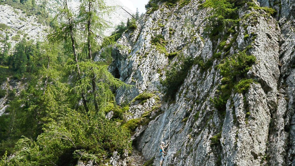 Klettersteig Verborgene Welt : Check: der klettersteig u201everborgene weltu201c c d bergwelten