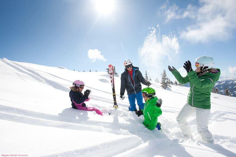 Winterspaß für die ganze Familie in Wagrain-Kleinarl
