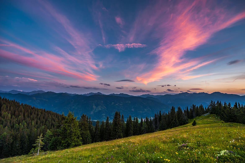 Sonnenuntergangsstimmung über den Rottenmanner Tauern und dem Paltental