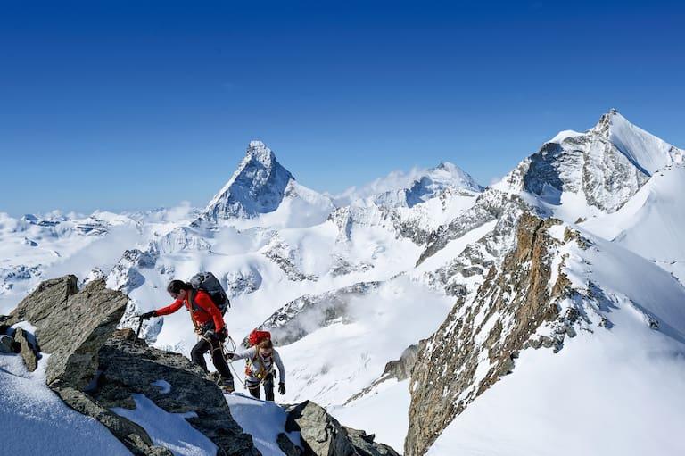 Mammut Alpine Festival: Bergsteiger in den Walliser Alpen rund um Zermatt