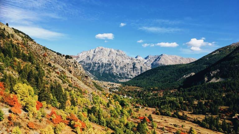 Alpenüberquerung: Französische Alpen im Herbst