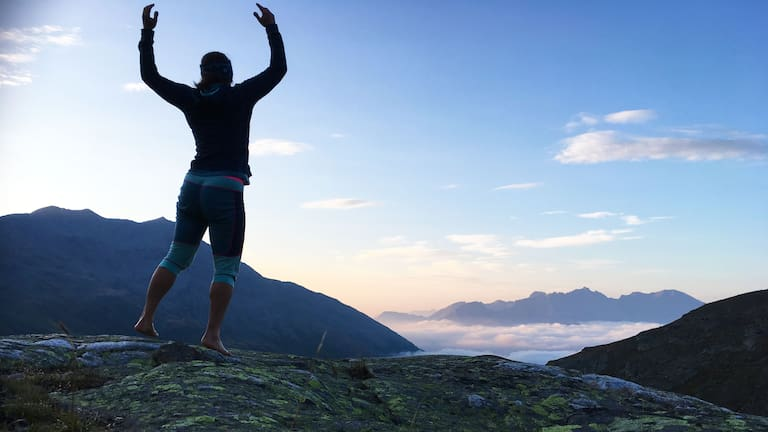 Alpenüberquerung: Ana Zirner in der Ortler-Gruppe in Südtirol