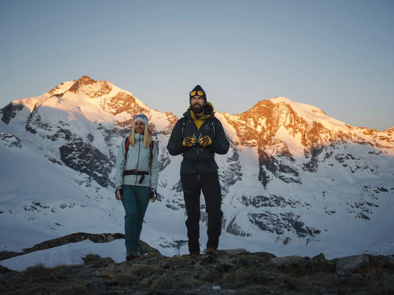 Ein Fernglas sollte ein steter Begleiter auf Bergtour sein.