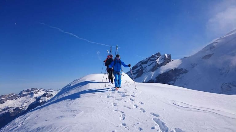 Skitourenausbildung mit der Bergwelten Academy
