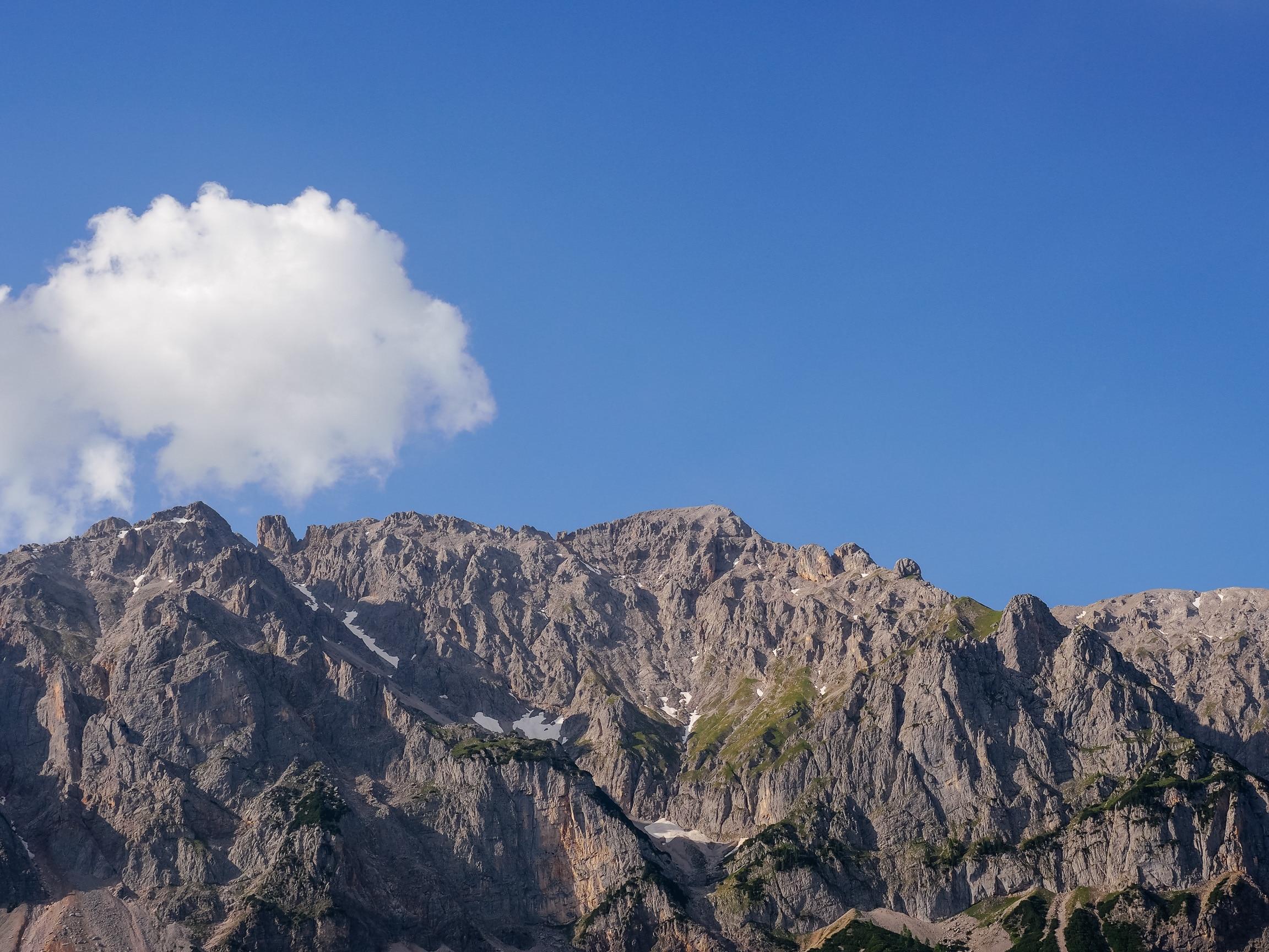 Klettersteig Dachstein : Ramsau am dachstein Österreich august leute die auf
