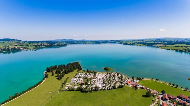 Campingurlaub an malerischen Plätzen wie dem Campingplatz Brunnen in Bayern
