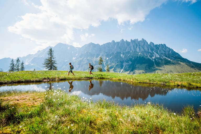 Der imposante Gebirgsstock des Hochkönig (2.941 m)
