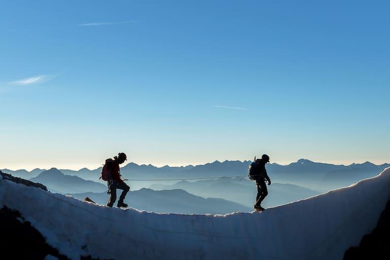 Seilschaft in den Dauphiné-Alpen in Frankreich
