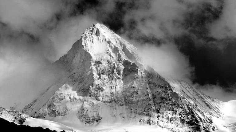 Dent Blanche in den Walliser Alpen