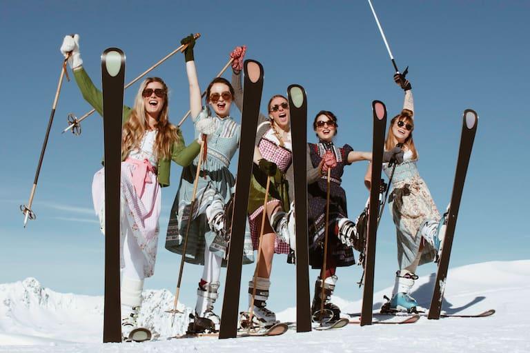 Kästle Dirndl-Skitag am Arlberg