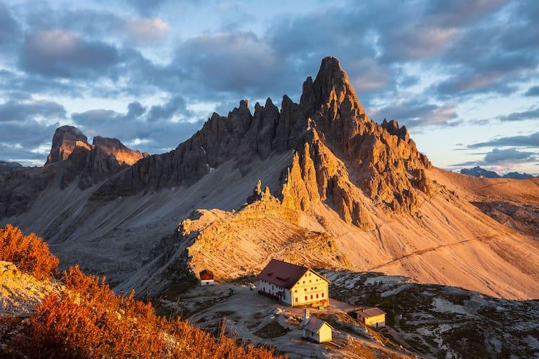 Drei Zinnen Hütte in den Dolomiten