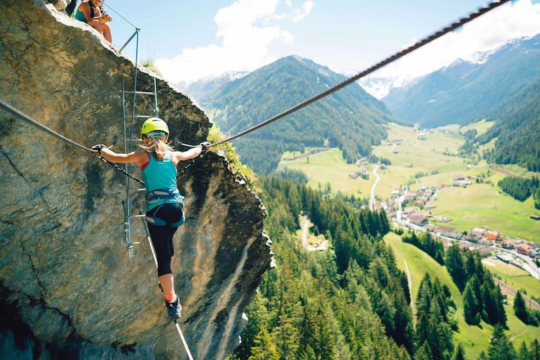 Seilbrücke des Peter-Kofler-Steigs in Tirol