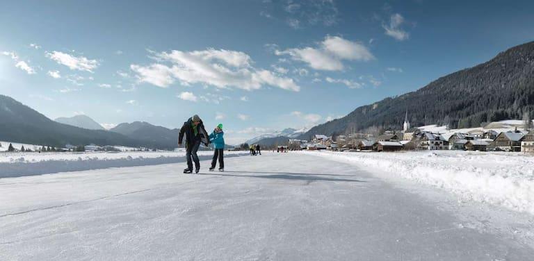 Eislaufen am Käntner Weißensee