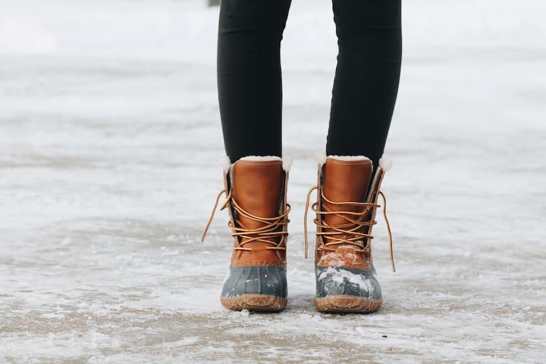 Winterschuhen wird einiges abverlangt - die richtige Lagerung verlängert ihre Lebensdauer