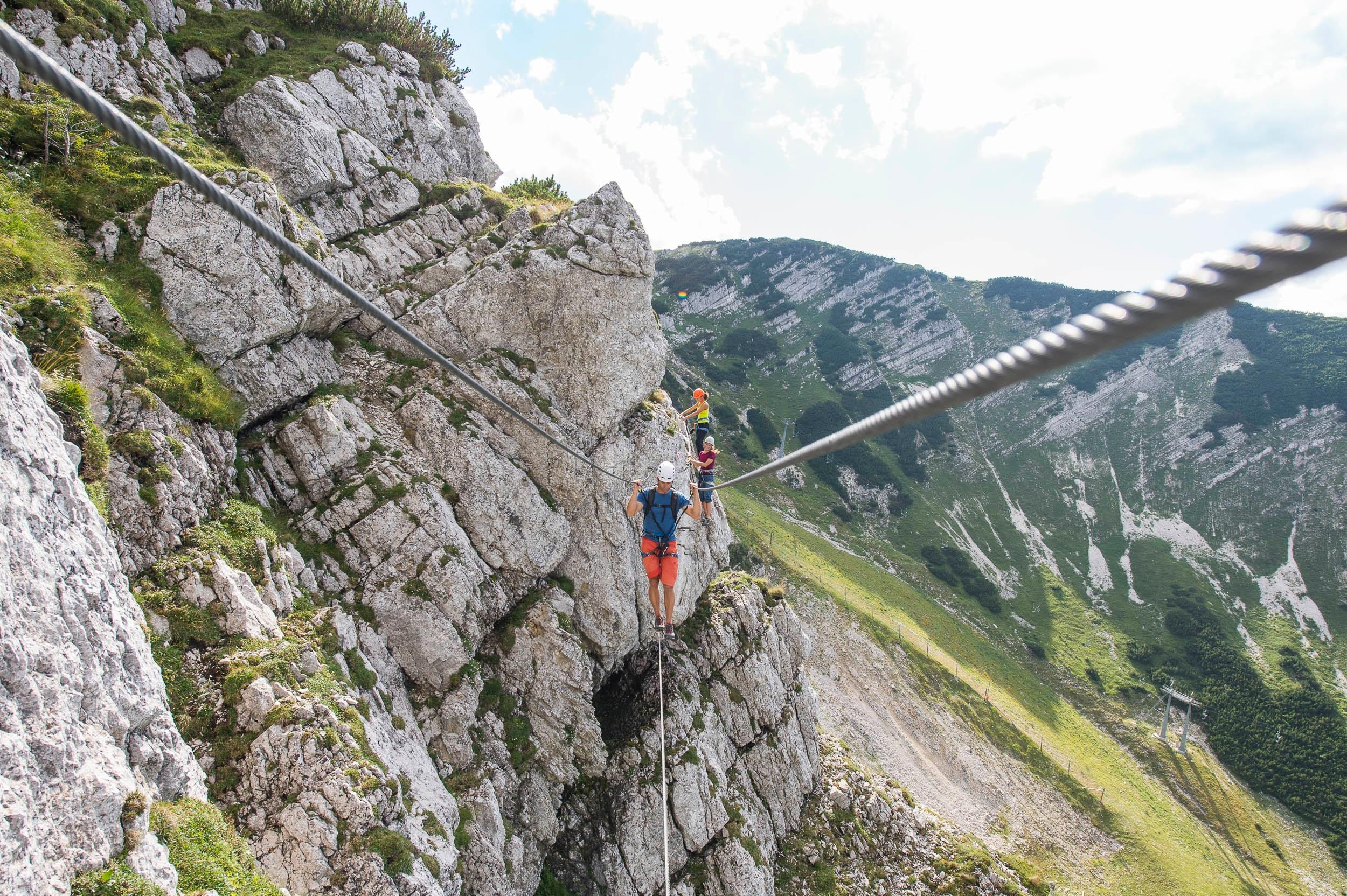 Klettersteig Kinder : Kinder auf dem klettersteig bilder tibs at