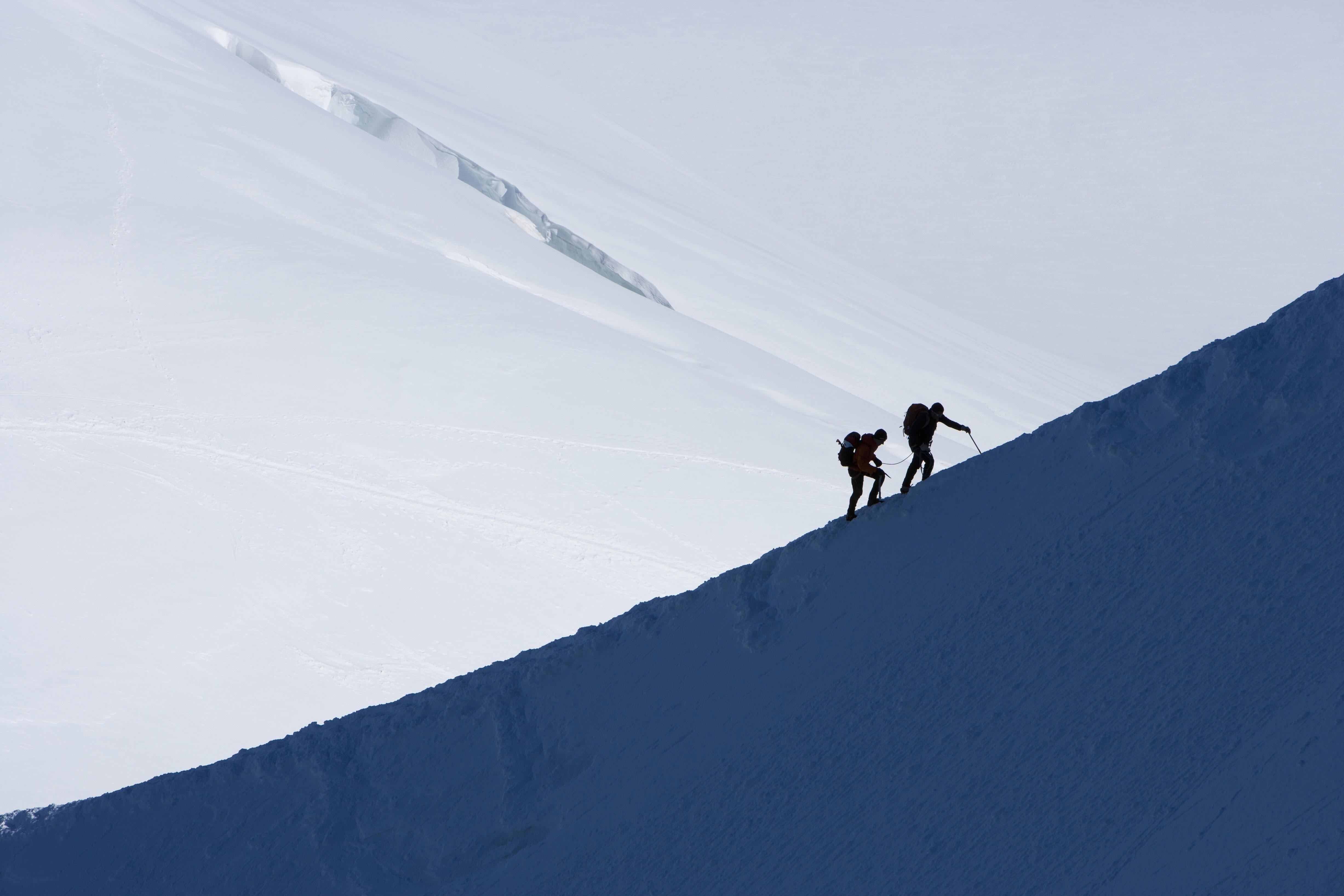 Klettergurt Für Gletschertouren : Packliste ausrüstungscheck für hochtouren bergwelten
