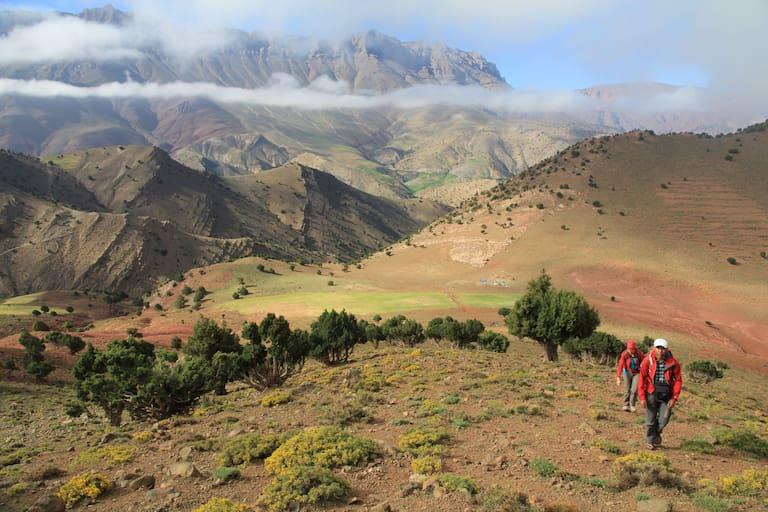 Wanderer im Hohen Atlas in Marokko