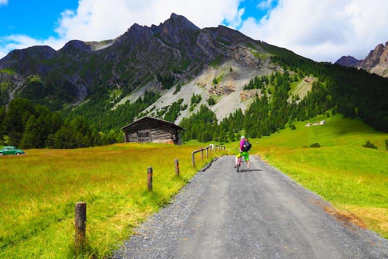 Mountainbiken: Aus Italien in die Schweiz
