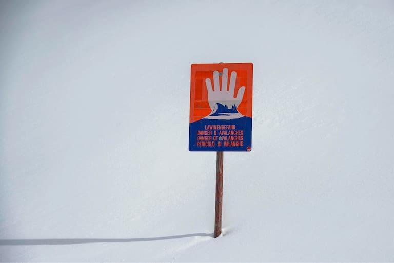 Im gesamten Alpenraum herrscht aktuell eine überaus heikle Lawinensituation